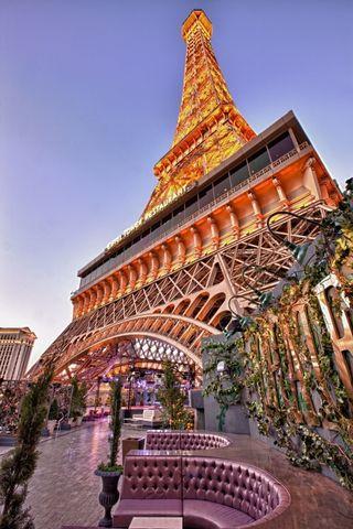 Chateau Rooftop Garden Eiffel Tower